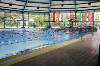 Schwimmhalle Neumünster schwimmtrainingslager deutschland trainingslager schwimmen